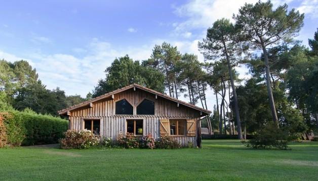 a vendre belle maison de construction bois ref ip la 337 landes immobilier luxe prestige maison. Black Bedroom Furniture Sets. Home Design Ideas