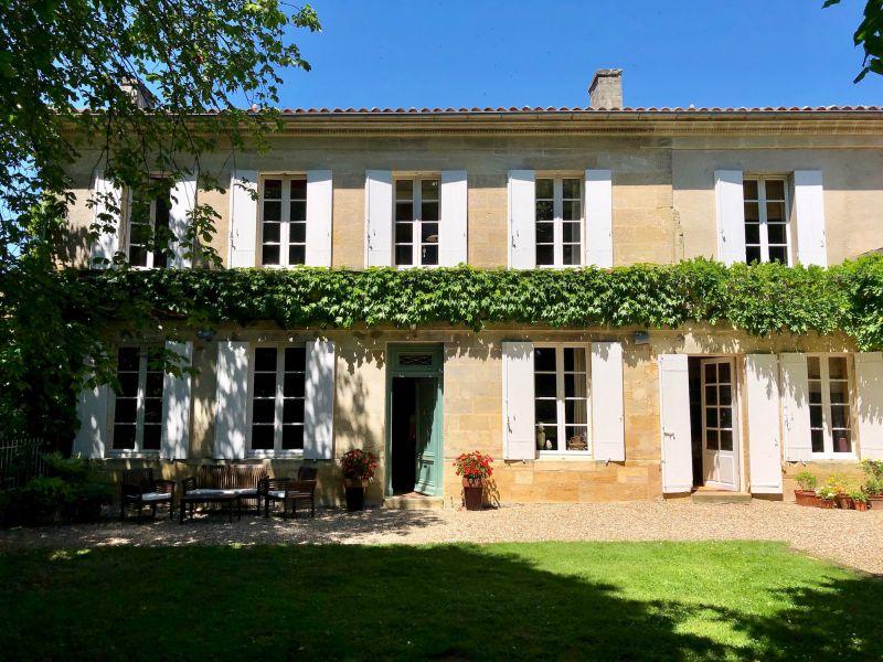 Très belle propriété en Côtes de Bourg