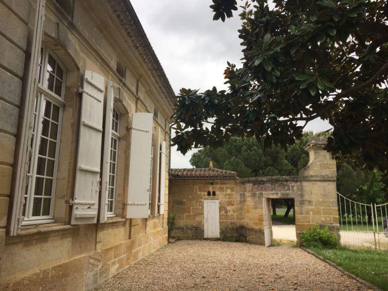 Chartreuse 18ème siècle, 20 hectares Côtes de Bourg