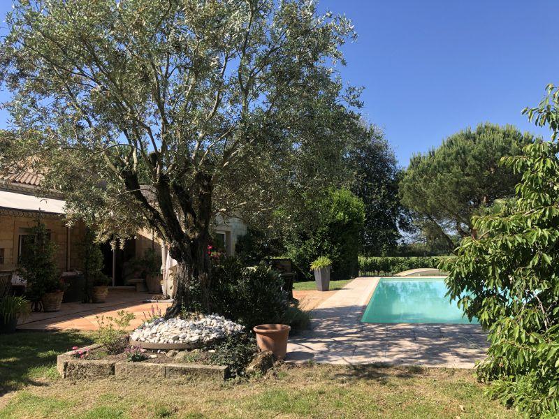 Maison de charme, petit vignoble Montagne Saint-Emilion