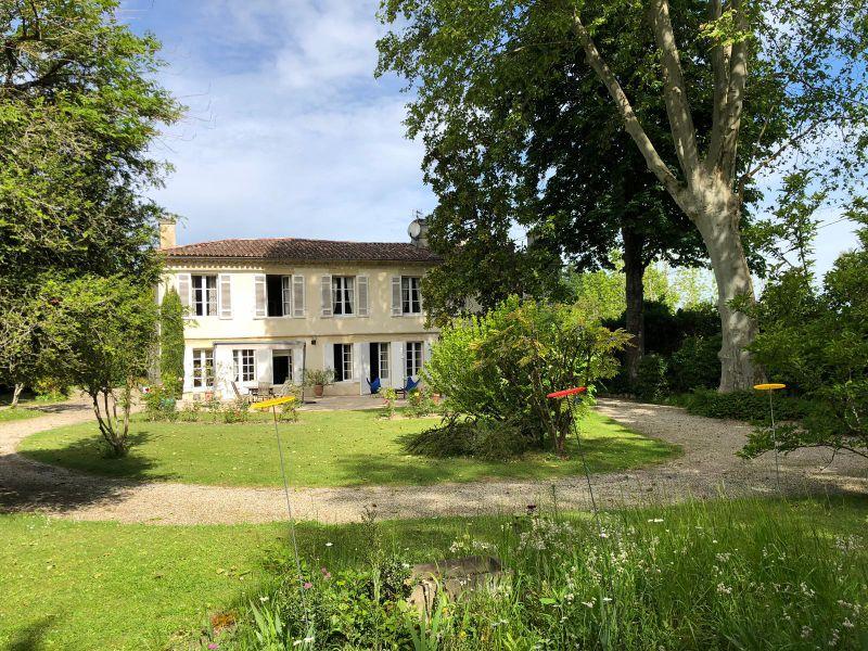 Belle girondine d'époque 19ème -secteur Latresne- 20mns Bordeaux